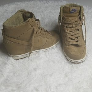 Nike Dunk Sky High Wedge Sneakers Size 7